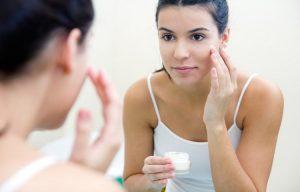 Beneficios de la vitamina E en una crema de belleza