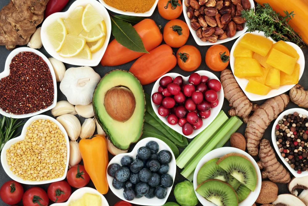 ¿Cuál es la función de las vitaminas en el organismo?